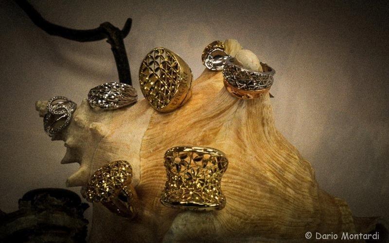 ampia scelta di anelli