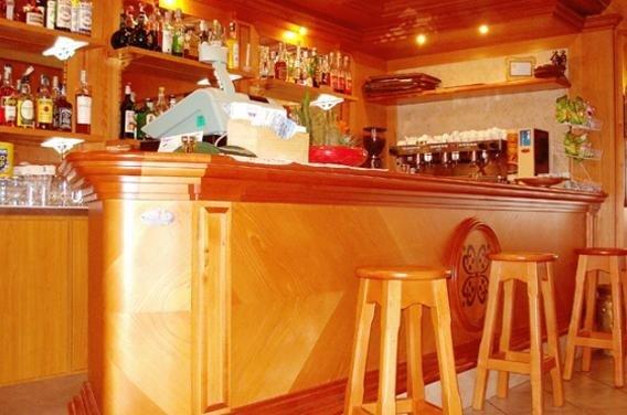 arredamenti classici bar