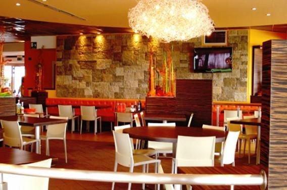 arredamento moderno bar