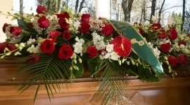 articoli funerari, addobbi funebri, pratiche cimiteriali