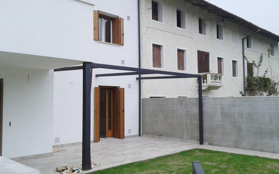 struttura tettoia ferro battuto