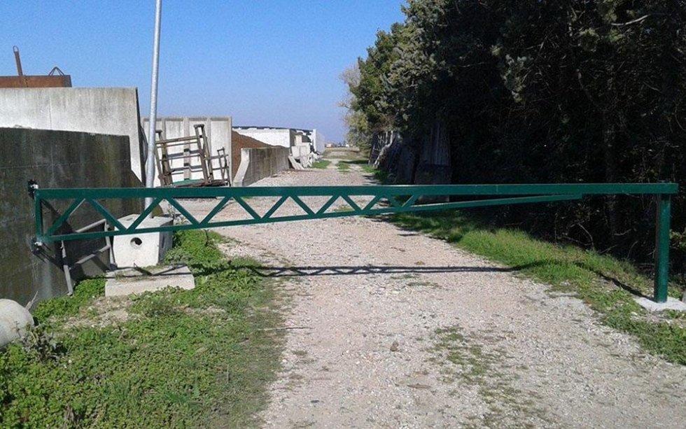 cancello strada