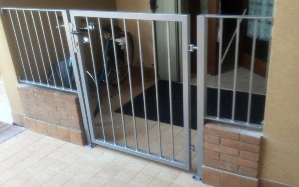 cancello e ringhiera ferro battuto
