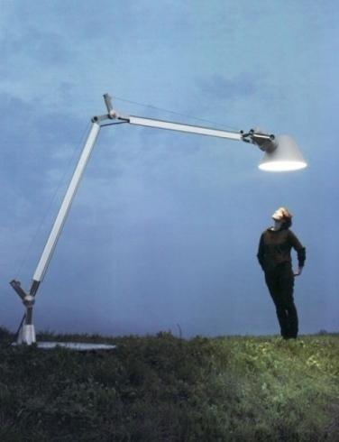 lampada con led a braccio