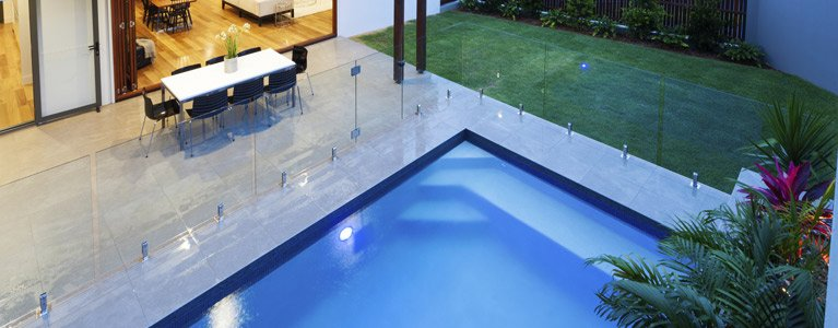 lifesavers-pool-fencing-glass-pool-fencing