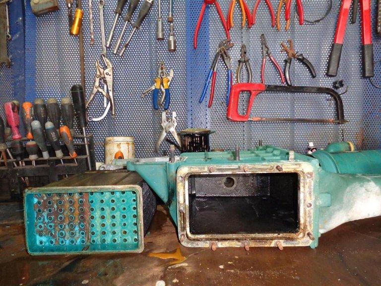 scomposizione parti motore e revisione
