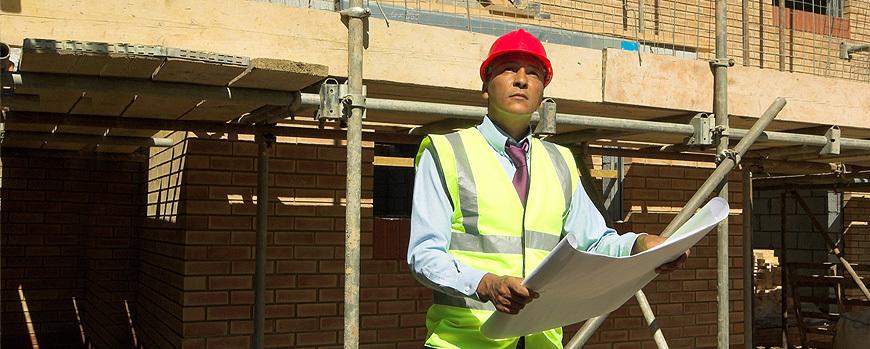 man conducting home buyers survey