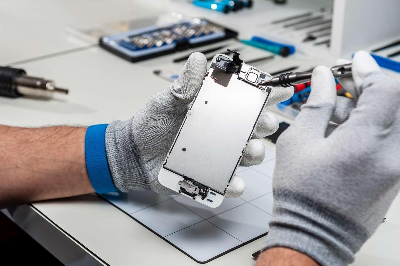riparazione di uno smartphone