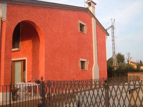 Un'edile tinteggiata da Errebi srl a Cassola
