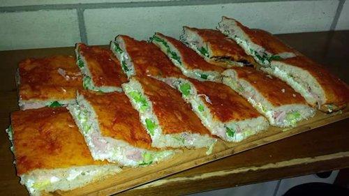 crescente ripiene di insalata maionese e prosciutto