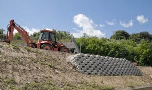 costruzione  di gallerie e di infrastrutture per trasporti terrestri
