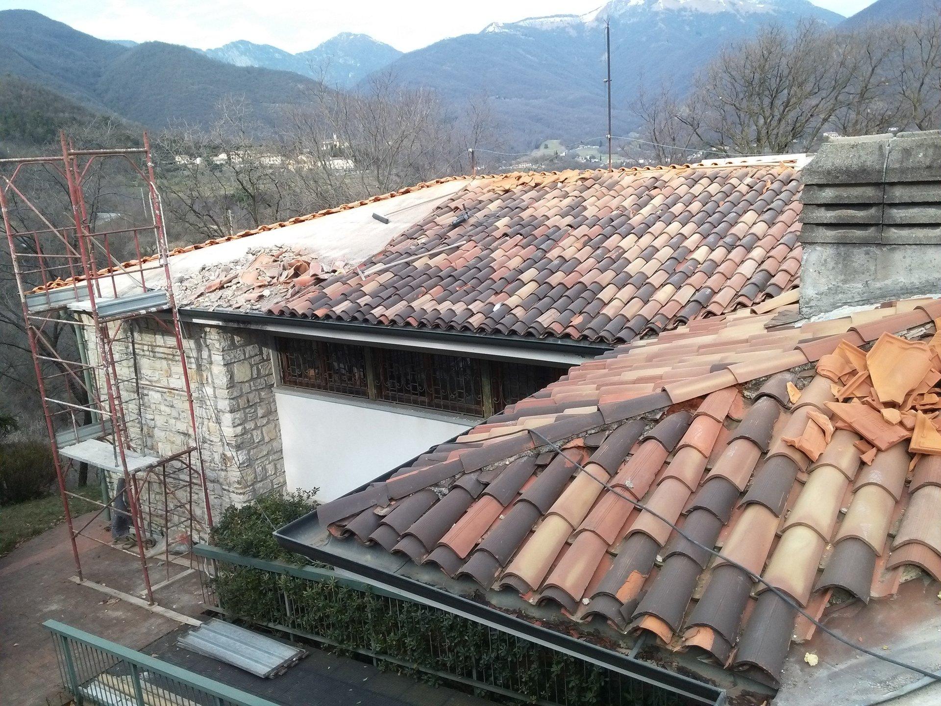 rimozione e rifacimento copertura di case
