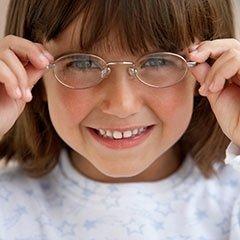 occhiali per bambini e adulti