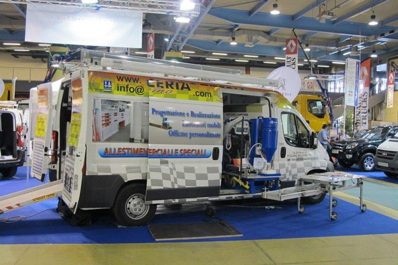 camion carrozzeria Solferino a Pogliano Milanese