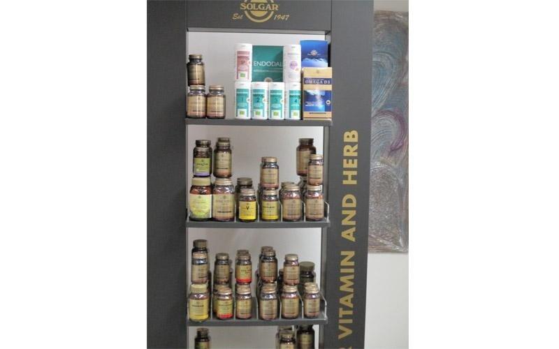 farmacia vitamine e erbe naturali