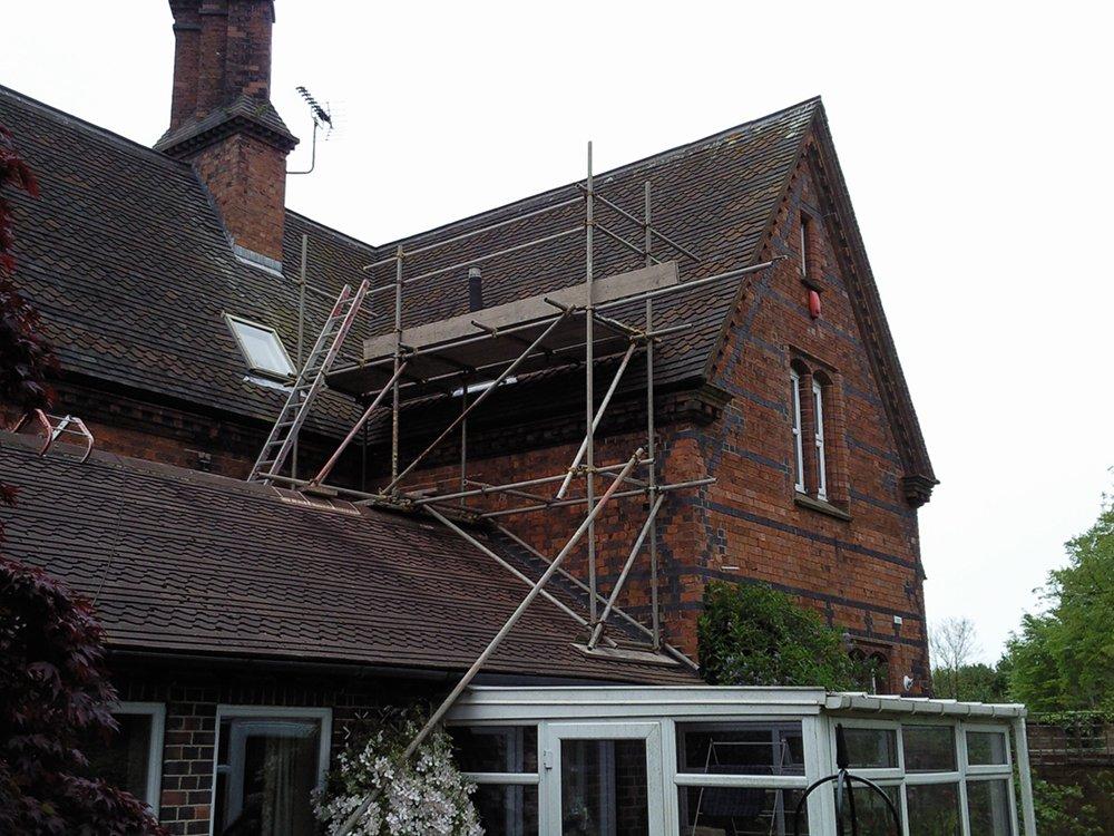 roof scaffolders