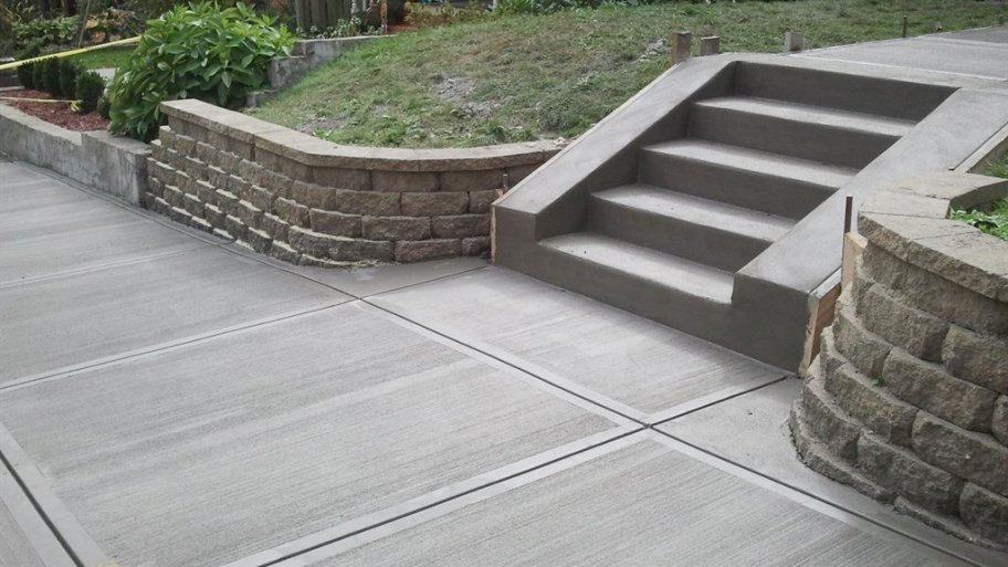 Concrete Contractor in Cedar Rapids, IA