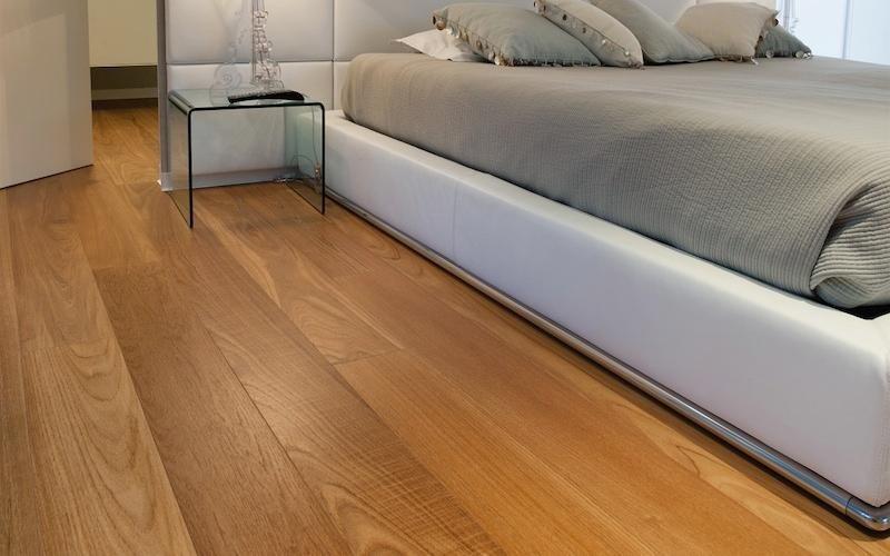 pavimenti in legno lucido