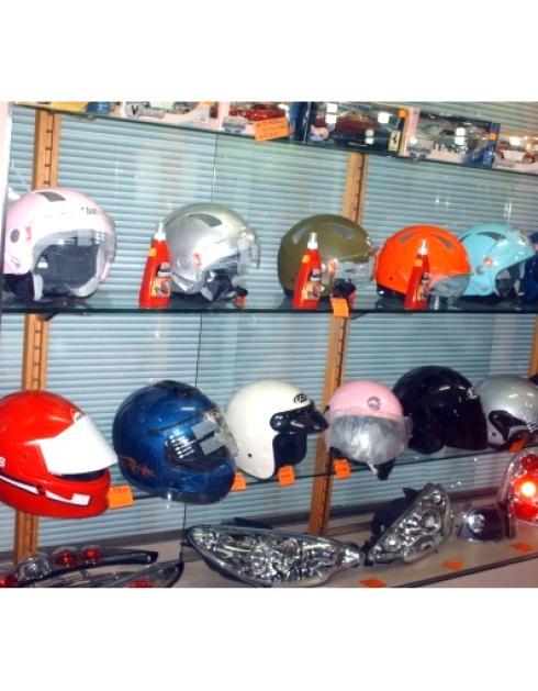 caschi per scooter e moto