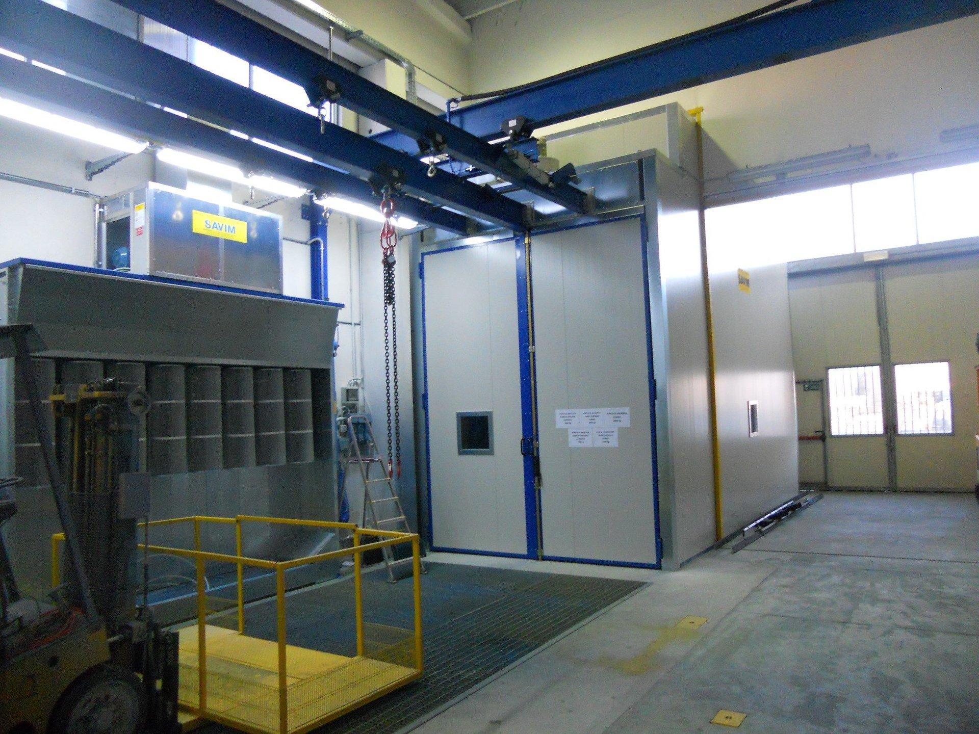 Impianto manuale di verniciatura a polvere con cabina e forno statico