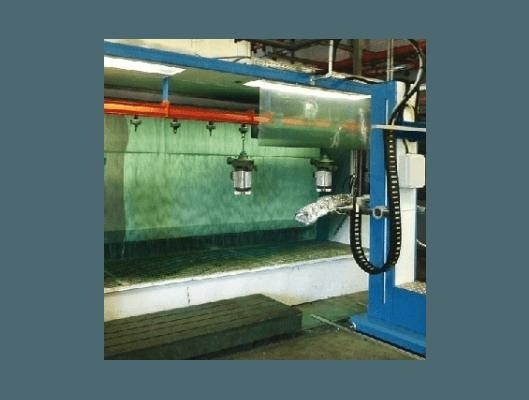 Cabina di vernicatura automatica a liquido