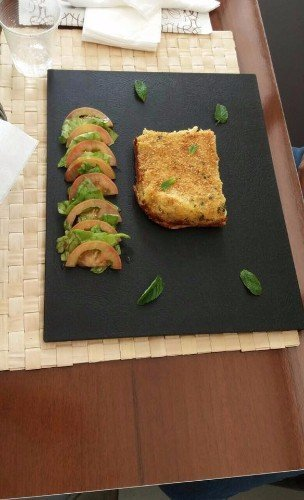 antipasti vegetariani su tagliere