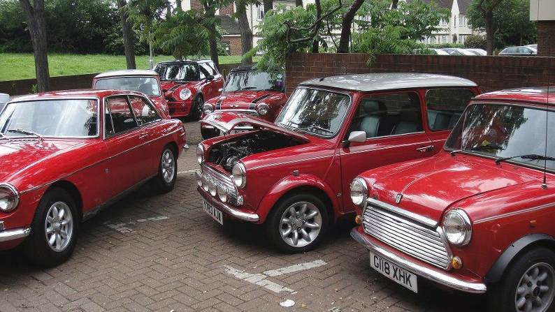 specialists in modern Minis