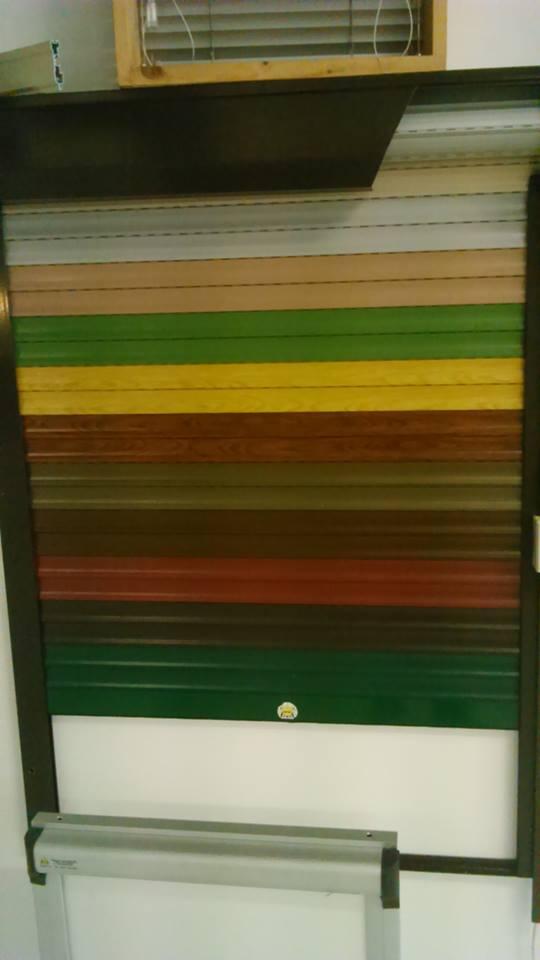 Campionario di colori per tapparelle
