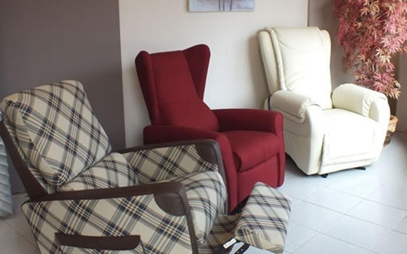 Vendita divani letti e poltrone varese centro varesino for Divani sofa varese