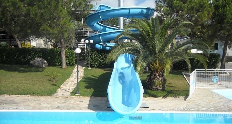 Scivoli piscina sparanise