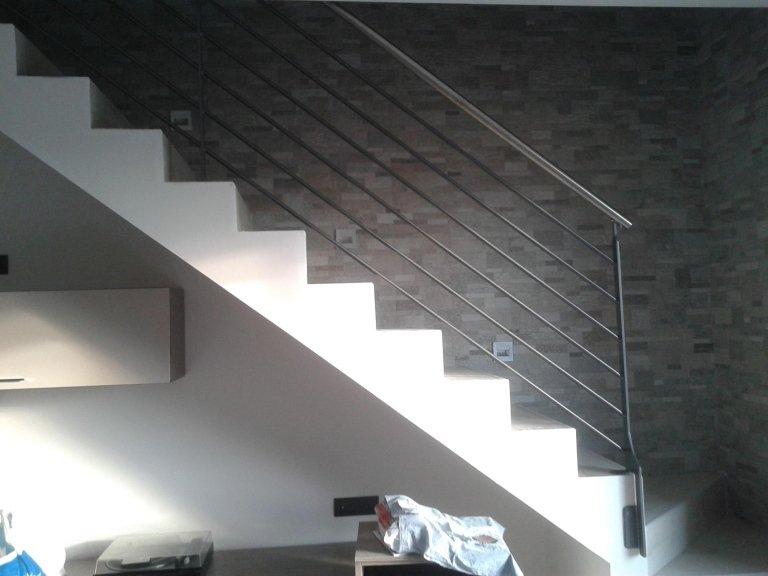 scala con ringhiera aluminio