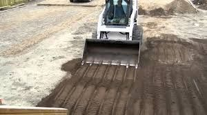 Sprading topsoil professionally and affordably