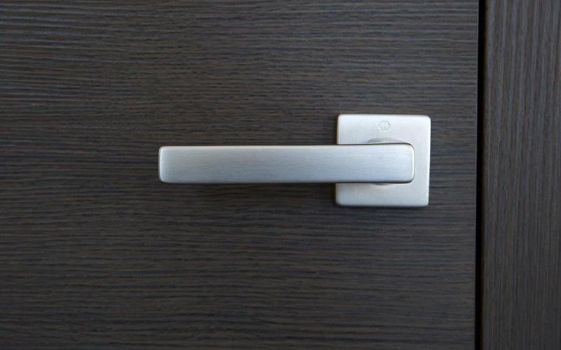 maniglia bianca