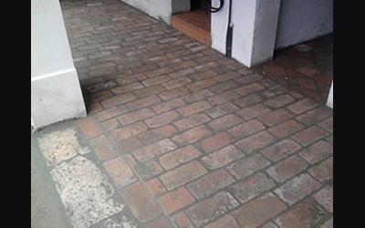 pavimento rustico