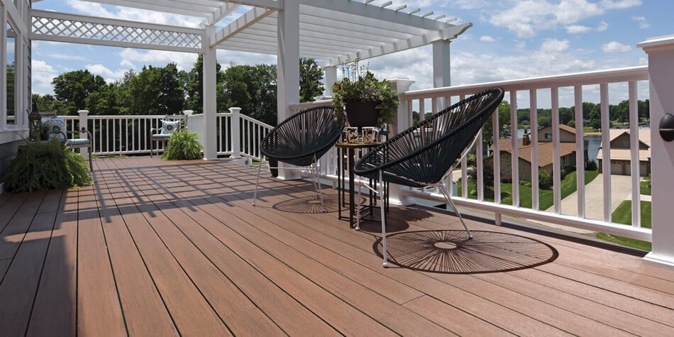 decks and trim contractor