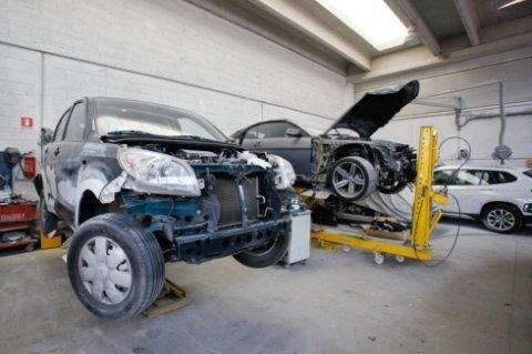 auto incidentate, installatori pellicole, perizie danni