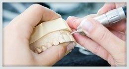 protesi denti su misura