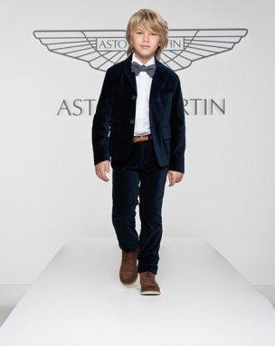 Completo Aston Martin
