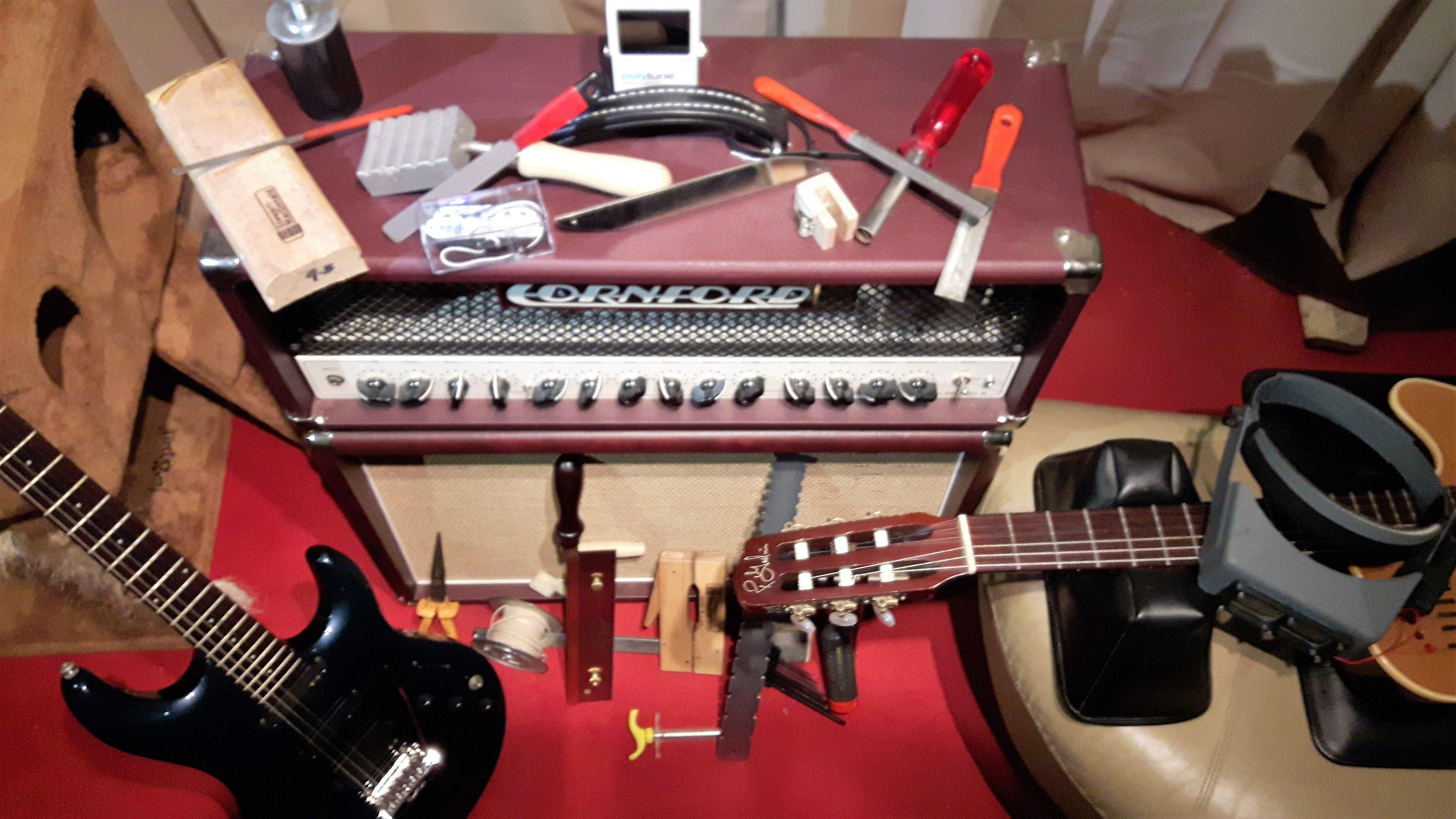 guitar technician