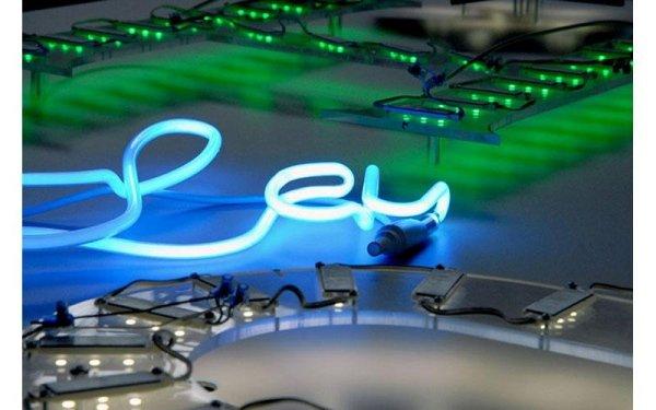 lavori al neon