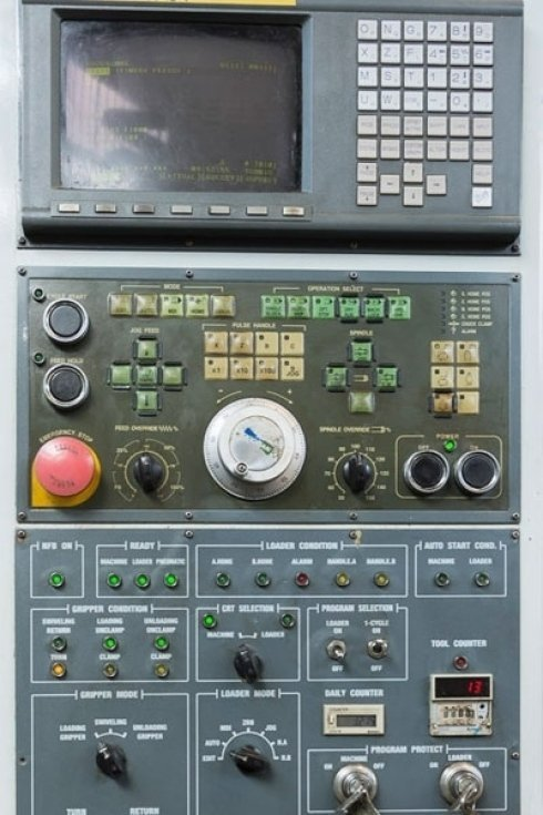 macchinari a controllo numerico