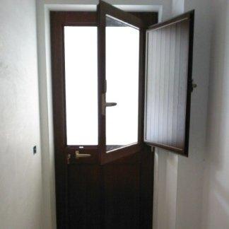 porta con scuretto