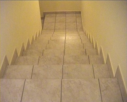 posa in ceramica di scale