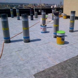 materiale per copertura tetti