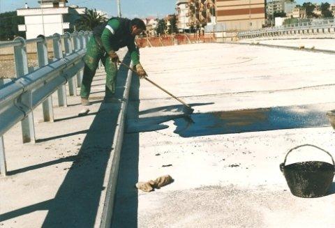 copertura viadotto con asfalto minerale colato a caldo