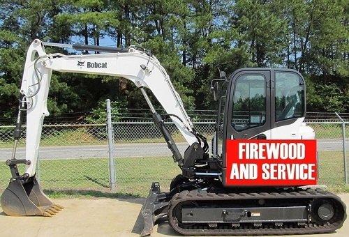 piccola  scavatrice  per pulire terreni