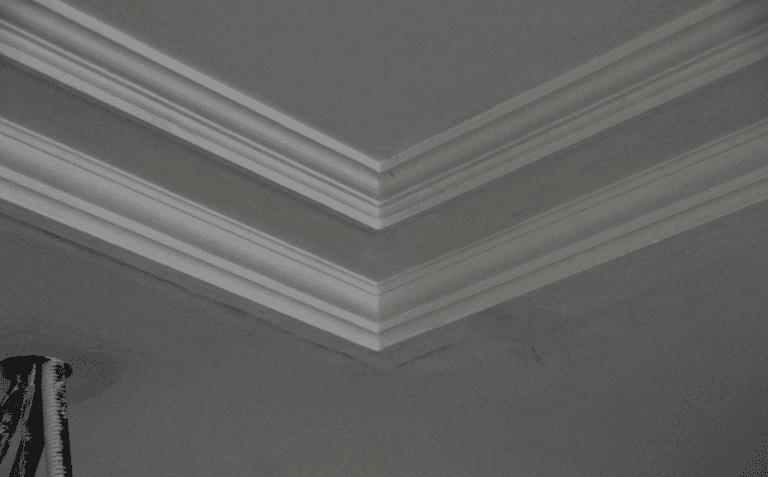 Soffitti con cornici personalizzate