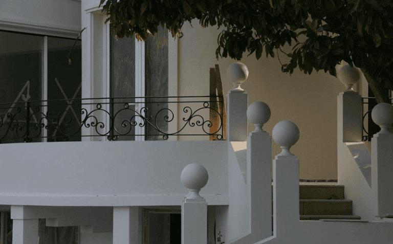 Colonna e ringhiera ferro battuto