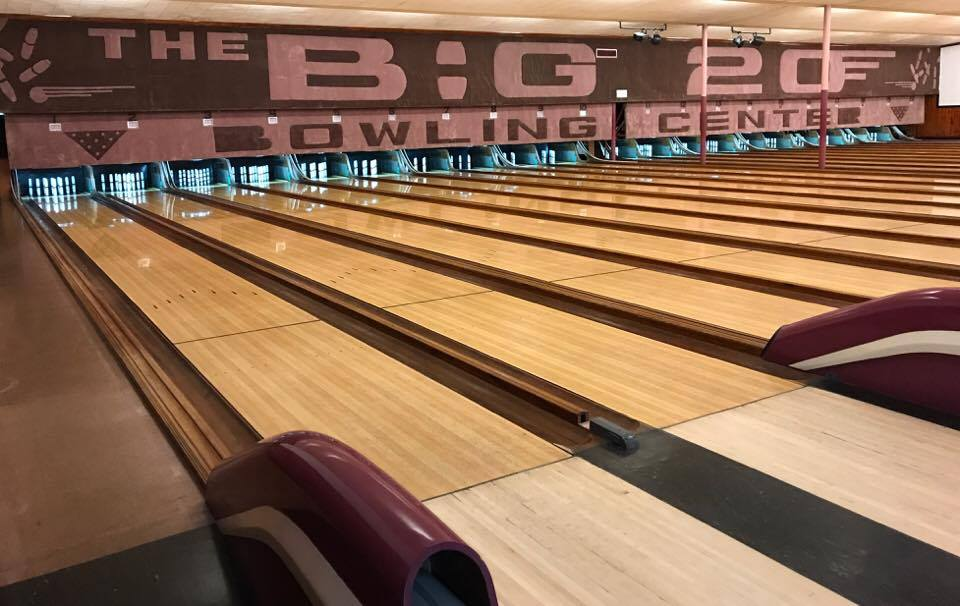 Lanes with pins