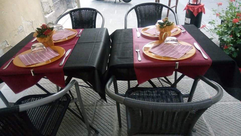 Tavolo da pranzo del Ristorante Essential